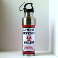Resident Evil Zombie Defense Water Bottle 15 Ounces by kitschville