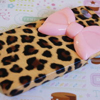 Leopard Cheetah Print with Large Pink Bow Iphone 4 4s Cell Phone Case