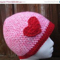 I heart pink and red, crochet hat cloche with heart applique, ready to ship.