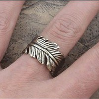 Men's Vintage Handmade Adjustable Leaf Ring from looback