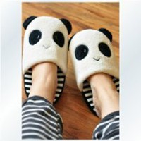 Happy Feet! - 26cm Cutie Panda Cosplay Women Slippers Warm Soft Adorable Winter Girl Gift o o Eyes