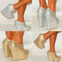 Women&#x27;s Gold/Silver Sparkly Wedges
