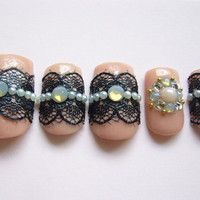 Japanese Kawaii Petit False Nail Pink and Black Girly Gothic Lace