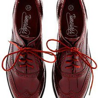 TIMELESS JACKIE Patent Bordeaux Creepers - SHOES | FLATS | Lace Ups | PRET-A-BEAUTE.COM