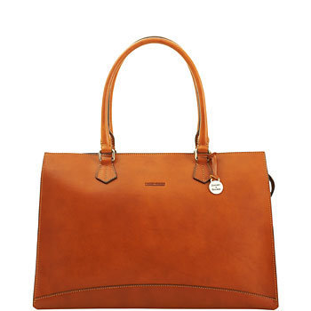 Dooney & Bourke: Alto Secretarial Brief