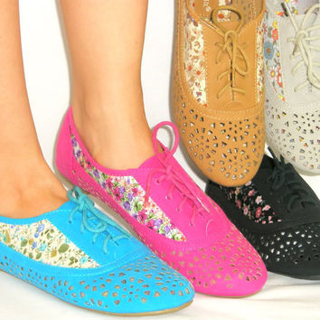 Cute Floral* Super Soft Lace Up Flat Oxford*Flexible Rubber Grip Sole*