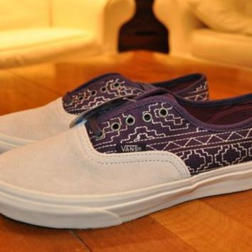 Vans Size 5.5 Purple Canvas/White Suede