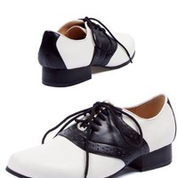 Saddle (Black/White) Adult Shoes (7)
