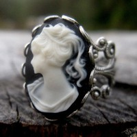 $17.50 Lady Cameo Ring by ragtrader on Etsy