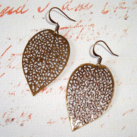 Antique Gold Leaf Cut Out Earrings by oldisnewnow on Etsy
