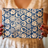 Scandinavian Circles Zipper Pouch, Hand Printed Canvas, 6 x 9