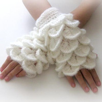 Fingerless Gloves  White Trendy Girly Teenie by Iovelycrochet