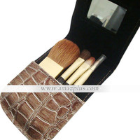 4 Pcs Wool Makeup Brush Set with Free Black Case [#00270636] - US$10.01 : Amazplus.com