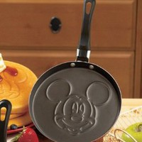 Disney Pancake Pans - Mickey Mouse: Amazon.com: Kitchen &amp; Dining