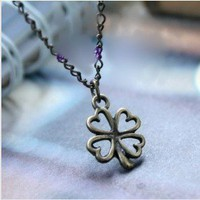 Vintage Antique Brass Clover Pendant Chain Necklace at Online Cheap Vintage Jewelry Store Gofavor