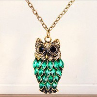 Vintage Green Rhinestone Owl Pendant Long Chain Necklace at Online Cheap Vintage Jewelry Store Gofavor