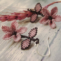 Pastel mauve pink floral lace earring, nature jewelry, dusty rose deep purple, vintage shabby chic, embroidery tatted dangle earring TAGT
