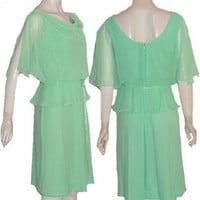 Green Sleeveless Vintage 1970s Dress