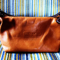 vintage small hobo, sling cognac Coach bag. saddle tan Coach. cognac boho Coach