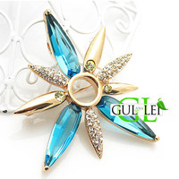 Crystal Flower Brooch - GULLEITRUSTMART.COM