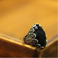 Search results for: 'Vintage Black Oval Gem Ring' Gofavor