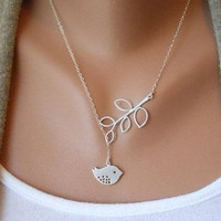 Jewelry bird necklace chain necklace women necklace girls necklace metal necklace made of  alloy bird pendant XL-0705