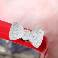 Bow 3.5mm Dustproof Plug Earphone Cover Stopper for iPhone 5 4 iPad Mini Silver