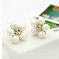 Elegant Gold Pearl Wintersweet& Rhinestone Bud Stud Earrings at Online Cheap Fashion Jewelry Store Gofavor