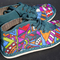Tribal Print Toms Mens Botas by Chelmarca on Etsy