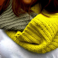 lime and Dark Gray Wide Knitted Cowl by Chelmarca on Etsy