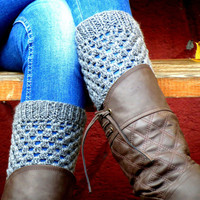 Grey Shorrt Square Knit Boot Cuffs. Short Leg Warmers. Crochet Boot Cuffs. Gray Legwear