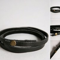 UO Leather Wrap Bracelet - IN BLACK