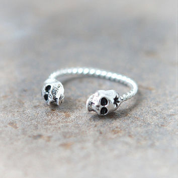 Tiny Skulls ring in silver / adjustable ring by laonato on Etsy