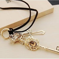 Vintage Gold Crown&Key&Heart Leather Cord Pendant Necklace at Online Vintage Jewelry Store Gofavor