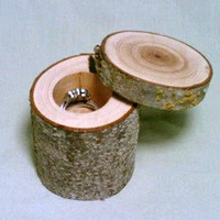 Valentine's Day Wedding, Rustic Ring Bearer Box, Rustic Jewelry Box, Ring Holder, Rustic Wedding