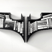 The Dark Knight Bookshelf | Cool Material