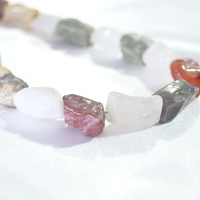 Natural stone necklace with chunky beads