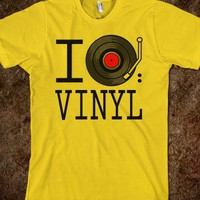 I Love Vinyl T-Shirt - 785 Tees
