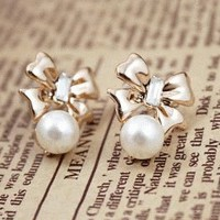 Bowed Pearl Fashion Earrings  | LilyFair Jewelry