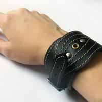 Leather bracelet, Leather cuff for men and women, Black color