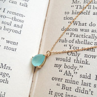 Mint Drop Glass Stone Gold Chain Ne.. on Luulla