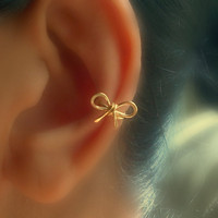 Small Bow Ear Cuff by catchalljewelry on Etsy