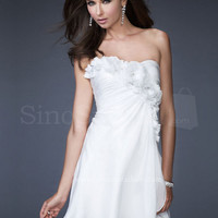 Beautiful White Scoop Neckline Mini Flowers Chiffon Graduation Dress