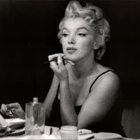 (24x36) Marilyn Monroe (In the Mirror) Art Poster Print
