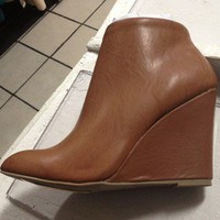 Wedge Boot Ankle 8.5