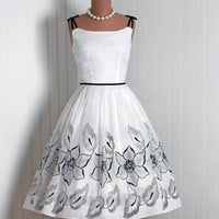 1950's Vintage IvoryWhite Flocked by TimelessVixenVintage on Etsy