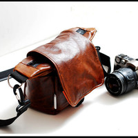 Attractive Lilliput Travel Camera bag in Naked by sizzlestrapz