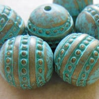 Vintage lucite  beads antique copper bronze carved turquoise verdigris rounds 12mm  (10)