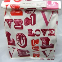 Oilcloth Lunch Bag - Love Me  on Luulla
