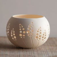 Porcelain Tea light Delight Candle Holder N8 Design by by wapa